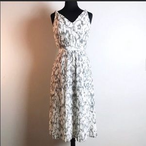 Banana Republic Sketched Floral Pleated Midi Dress